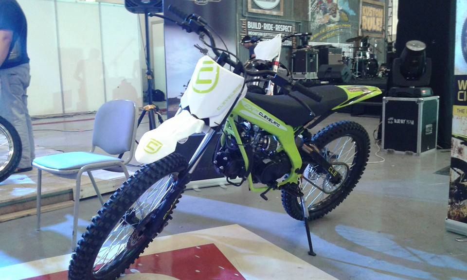 cleveland hooligun dan fxx motor trail dirt bikers indonesia (1)
