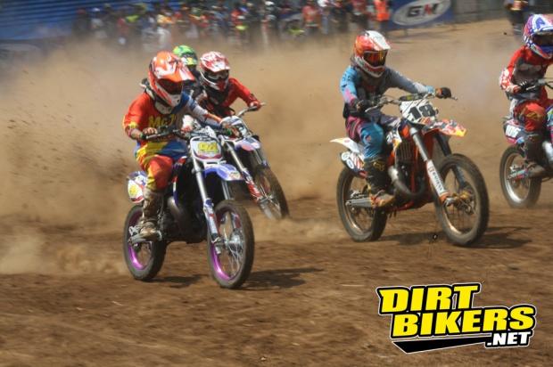 grandfinal kejurnas grasstrack 2014 temanggung - dirt bikers (6)