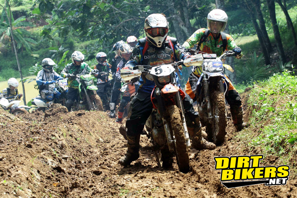 trabas - trail adventure bandung - dirt bikers indonesia