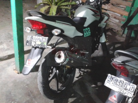 CB150R Knalpot Tuger Revo2